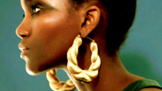 Big Earrings & Other Styles Brown Mamas Rock the BEST!